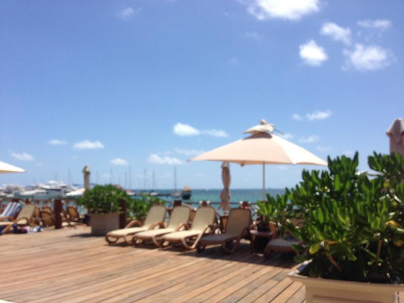 Beautiful Ocean View Suite #39 in Cancun - Image 1 - Cancun - rentals