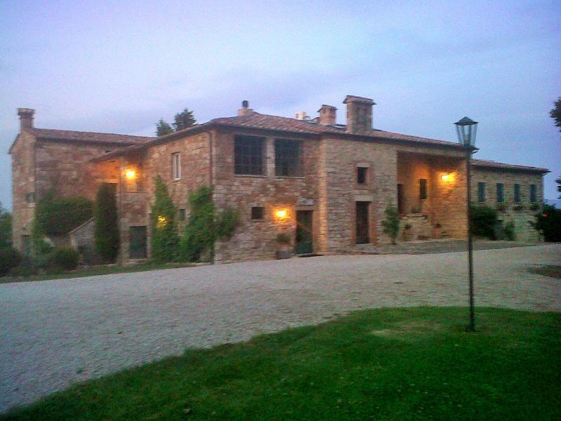 Charming Todi 12 century Country Residence / pool - Image 1 - Todi - rentals