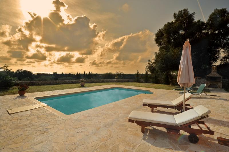 villa londra - Image 1 - Kaligata - rentals