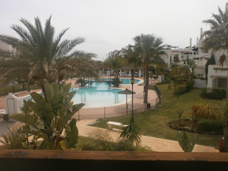Beachside apartment in Southern Spain Marbella - Image 1 - San Pedro de Alcantara - rentals