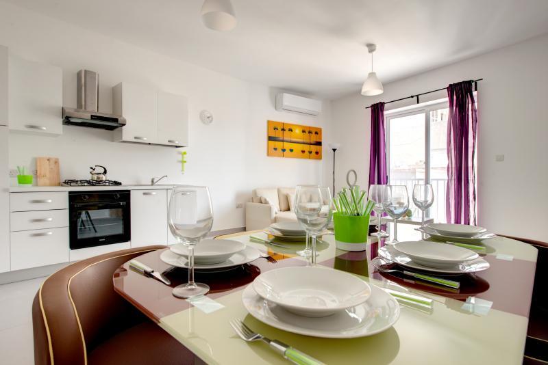 Delfin 2-Bedroom Apartment - Image 1 - Saint Paul's Bay - rentals
