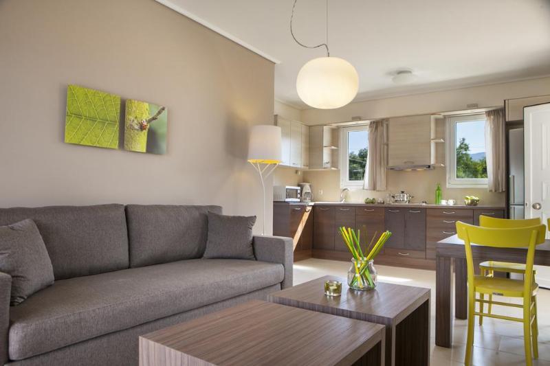 Living Area - Eucalyptus Apartments - Hyacinth - Sami - rentals