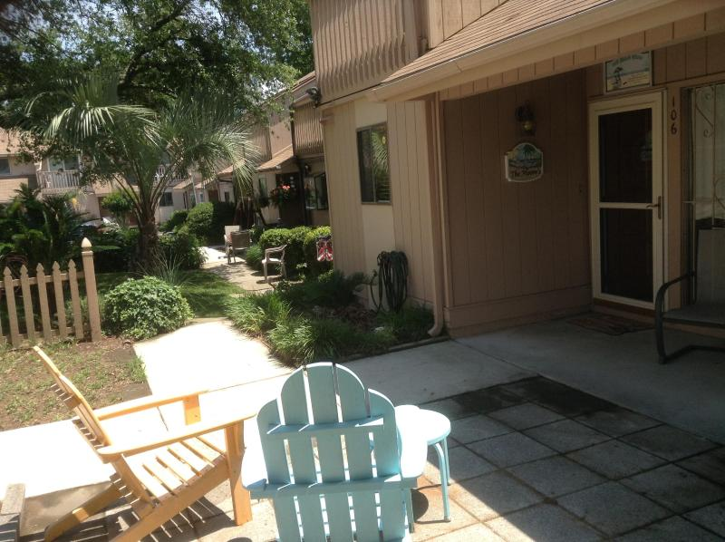 UNIT 106 - Excellent 3 Bedroom Townhouse with a Terrace and G - Myrtle Beach - rentals