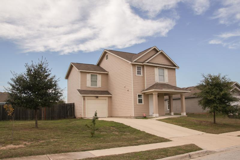 Great Furnished 3 Bedroom Home In Austin - Image 1 - Austin - rentals