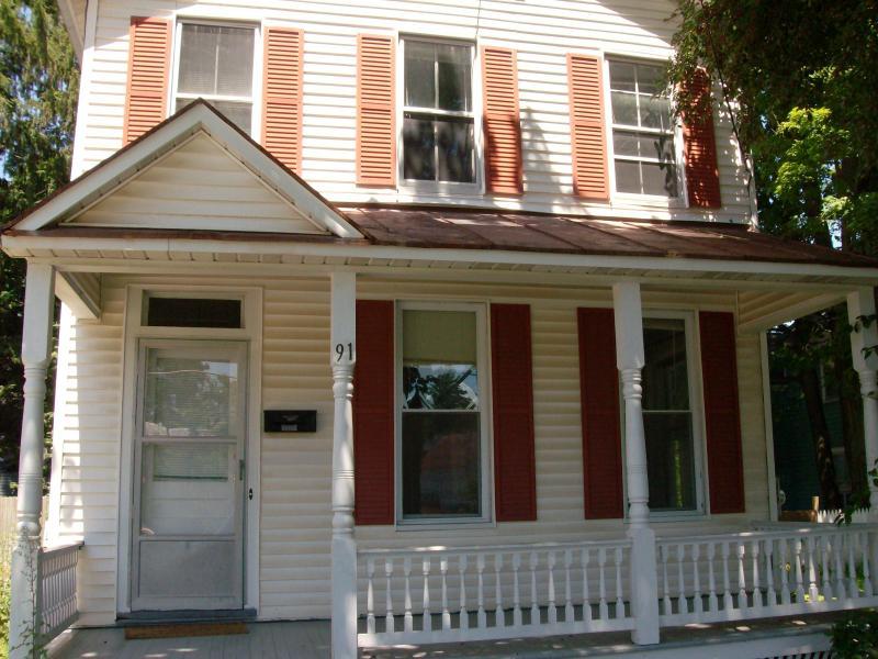 2br in Saratoga Springs - Image 1 - Saratoga Springs - rentals