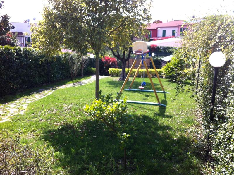 garden - Cozy house with garden and parking car near Rome - Formello - rentals