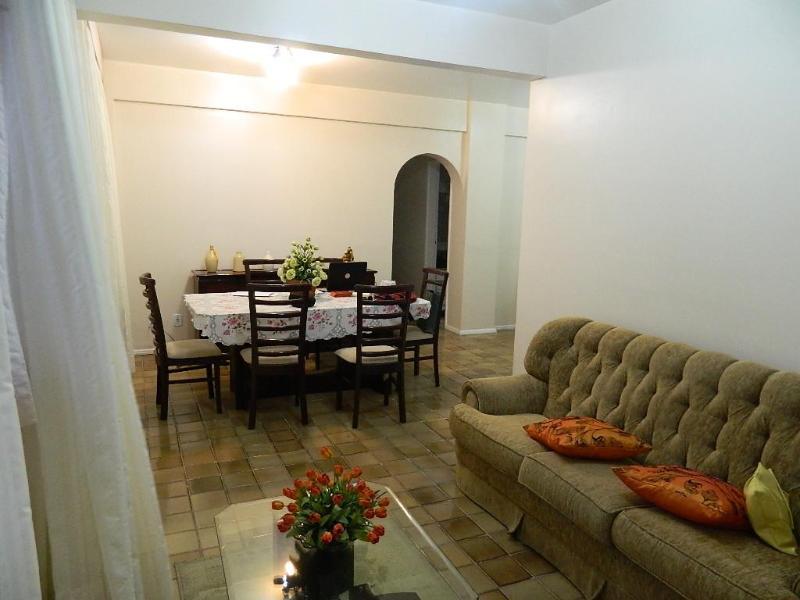 Sala de estar e jantar - Apartamento Morena Bela do Rio Vermelho - Salvador - rentals
