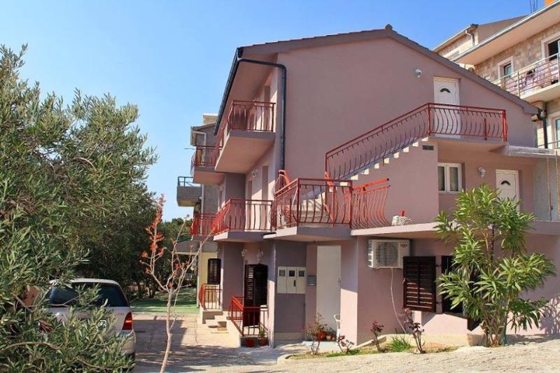 The house - Tomaš Ivan Apartments of Brela / ROOM 2 - Brela - rentals