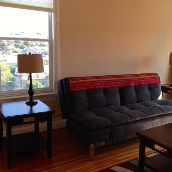 living room - Great location, sixth floor, views of the City - San Francisco - rentals
