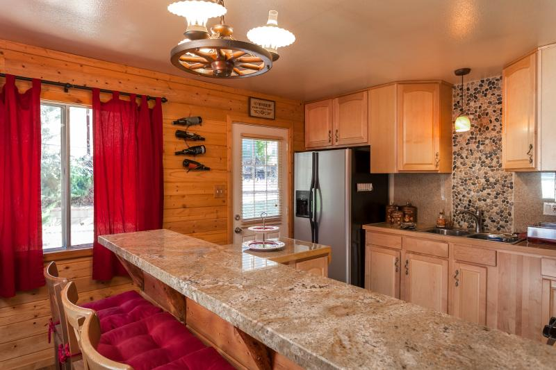 Newly Remodeled kitchen with Granite Countertops - Big Bear Cozy Dream Cabin Nestled in the Woods - Big Bear City - rentals