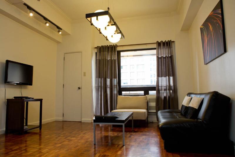 2-bedroom Spacious Apartment in Makati (A1) - Image 1 - Makati - rentals