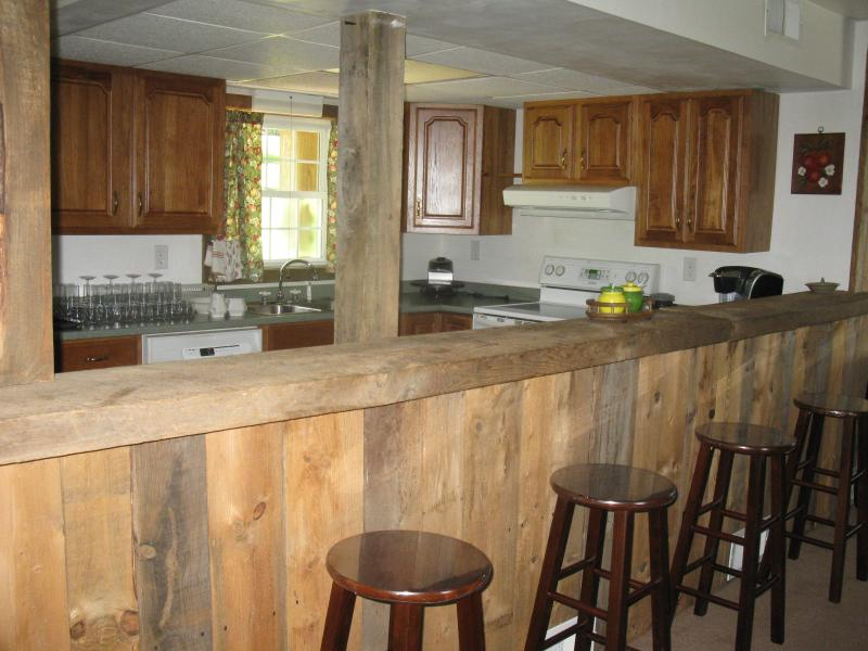 Barnwood paneling in dining area - FALLING WATER(R) or OHIOPYLE  STAY HERE - Normalville - rentals