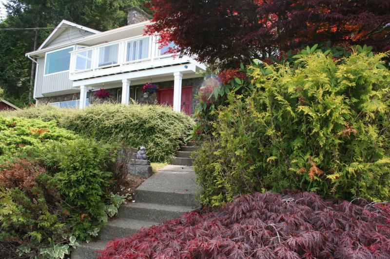 The Lost Lake Lodge - Image 1 - Nanaimo - rentals