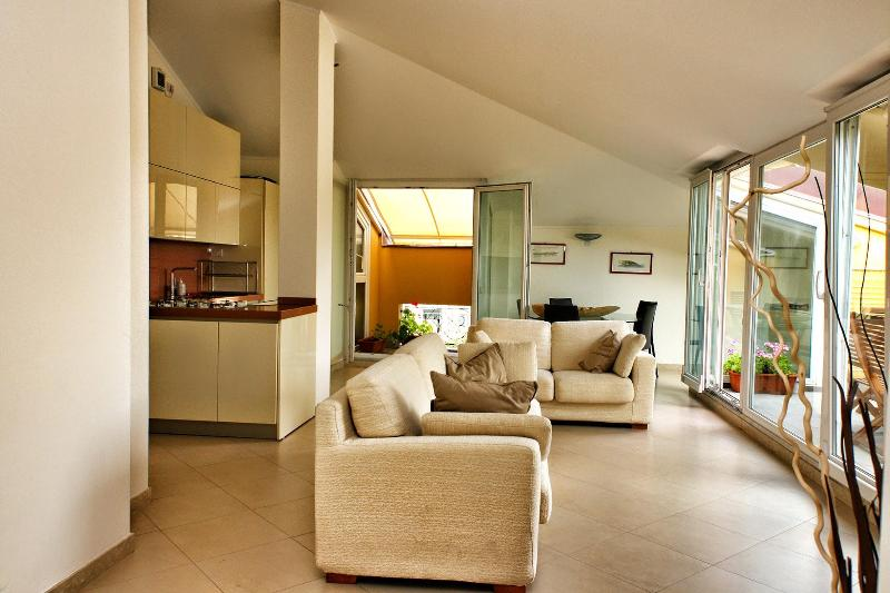 Living - Aquarius -Top comfort in the heart of Rapallo - Rapallo - rentals