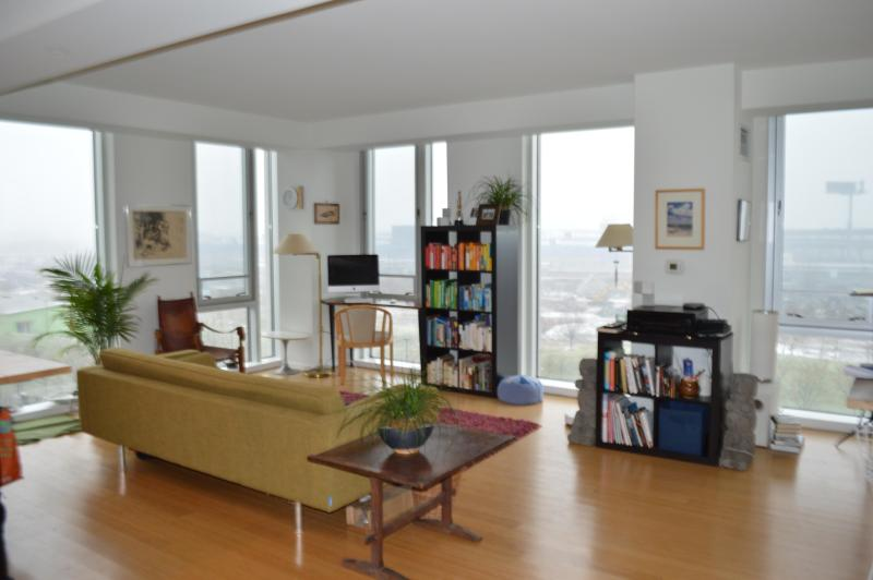 New Large Luxury Condo, Park Views - Image 1 - Cambridge - rentals