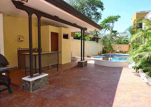 BBQ Deck - Two Bedroom Condo 2 Blocks from the Beach - Tamarindo - rentals