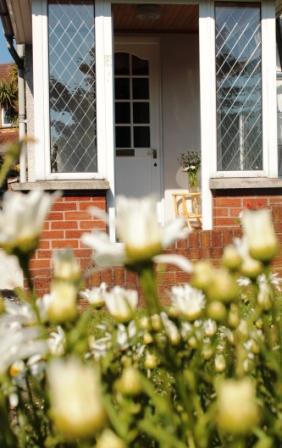 Front door - Number 58 - Your home from home in Bangor, Co Down - Bangor - rentals
