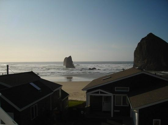 Heart of Haystack is a spacious home and the perfect setting for Sunsets in front of Haystack Rock 3 bedroom 3 bath sleeps 8 - 35578 - Image 1 - Cannon Beach - rentals