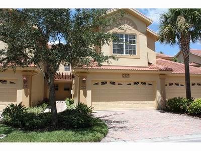 Spacious coach home is close to all the fun and beach - Image 1 - Naples - rentals