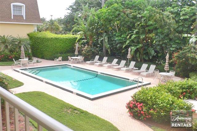 Spend your vacation at the best in Olde Naples and the beach - Image 1 - Naples - rentals
