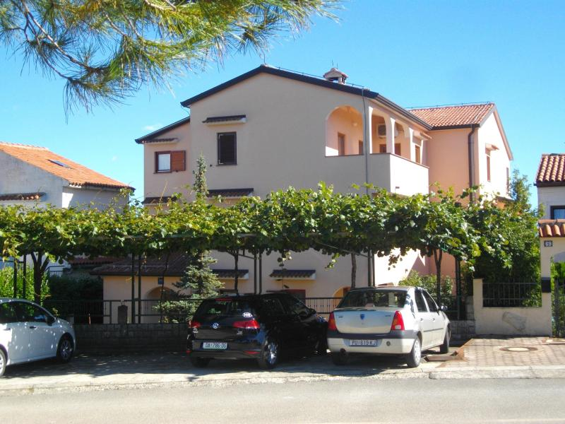 Main Photo - Apartments Neda, Porec - Near Htl Diamant - Porec - rentals