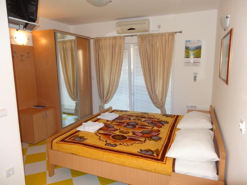 Living room - Apartment No.8 with 2 beds -Tivat - Tivat - rentals