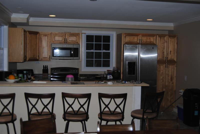 Kitchen and Breakfast Bar - Sand Hill Cove Beauty - Narragansett - rentals