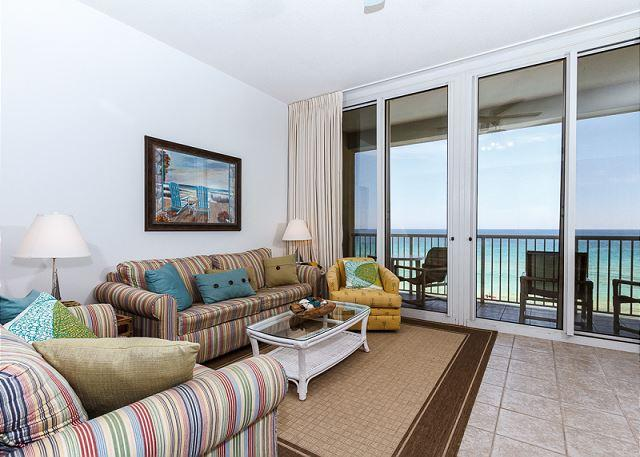 Newly redecorated living room featuring lots of colorful throw p - WE 614: Nice beachfront condo- WiFi, balcony, pool, beach service included - Fort Walton Beach - rentals