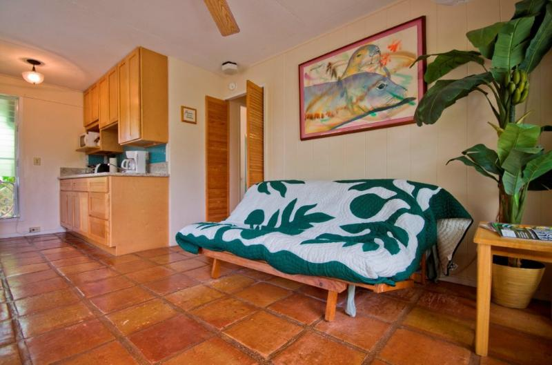 Garden Suite living /dining/ kitchen room - Sheffield  Suite open:5/4-6,5/8-11,5/29-6/13,6/23+ - Kailua - rentals