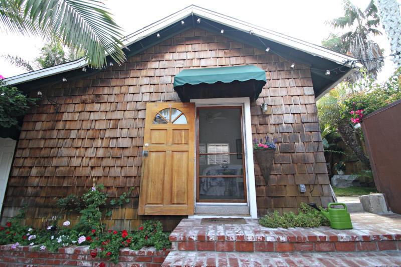 Front of cottage - Cottage Studio La Jolla, California - La Jolla - rentals