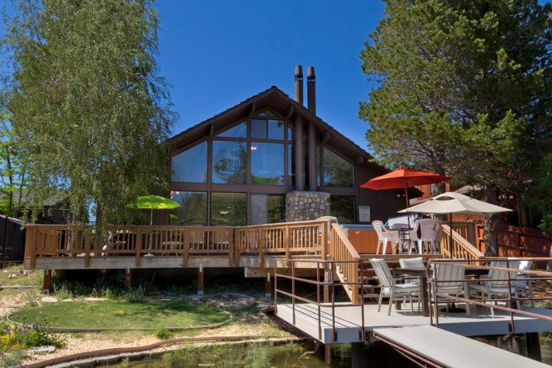 It's a triple-decker! Three decks and a private boat dock make this house one of a kind. - Spacious lakeside home with private dock - Sun and Ski Tahoe - South Lake Tahoe - rentals