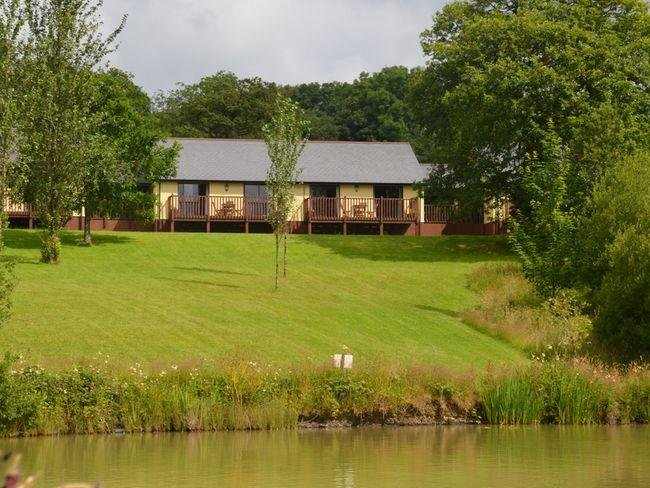View towards the lodges and lakes - LILLO - Ashwater - rentals