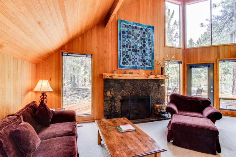Black Butte Ranch: Cabin in the Pines - Image 1 - Black Butte Ranch - rentals