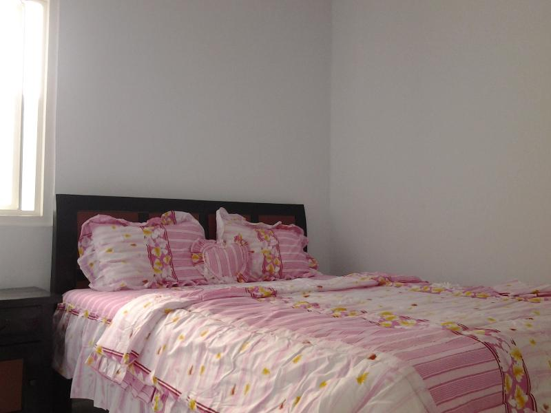 Bed Room - Just Inn Semarang - Semarang - rentals