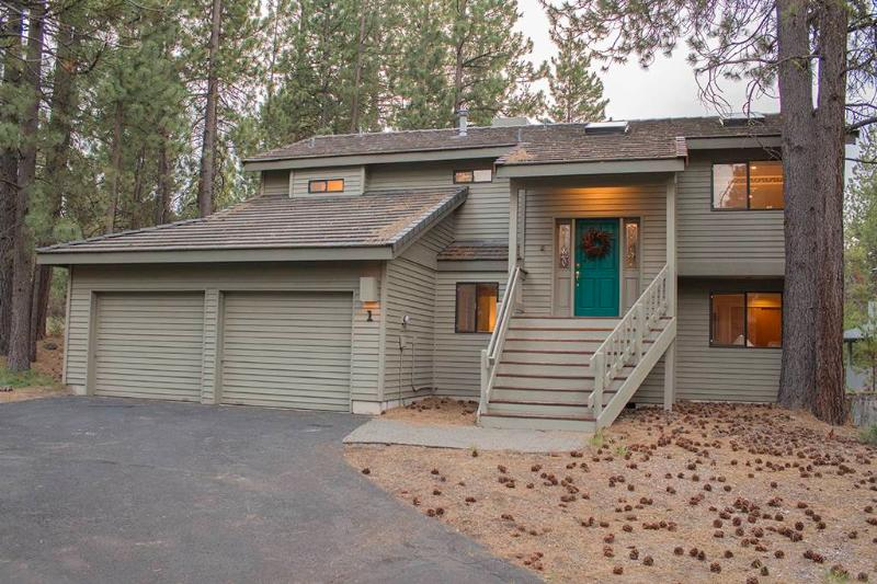 #1 Shadow Lane - Image 1 - Sunriver - rentals