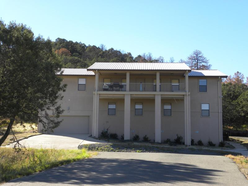 Your mountain escape, situated about 15 minutes from Ruidoso town center. - Mountain get-away in the heart of ski country - Alto - rentals