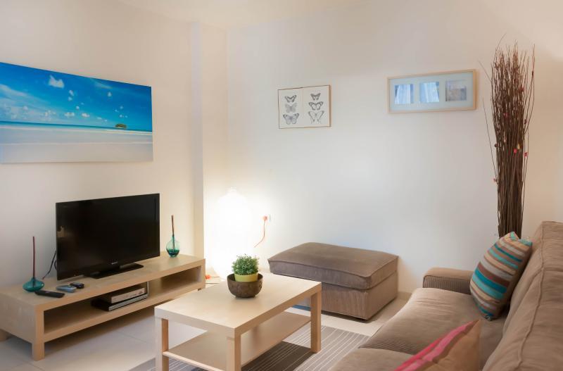 Beautiful 1 Bedroom Apt at Ben Yehuda 53 - Image 1 - Tel Aviv - rentals