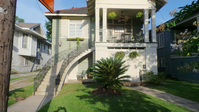 CHARMING HOME, CLOSE TO EVERYTHING - Image 1 - New Orleans - rentals