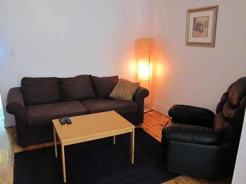 The Mesquite - 2 Beds, 1 Bath - Image 1 - Montreal - rentals