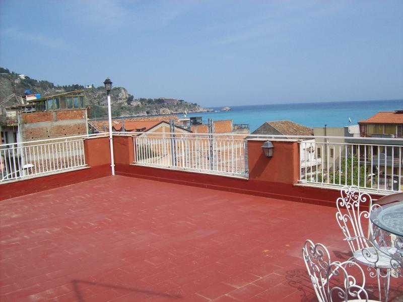 apartment  with terraces - Image 1 - Giardini Naxos - rentals