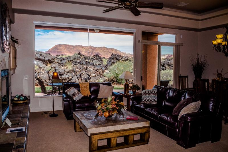 Breathtaking View From Great Room - Stunning Red Mountain View Entrada Home Gated - Saint George - rentals