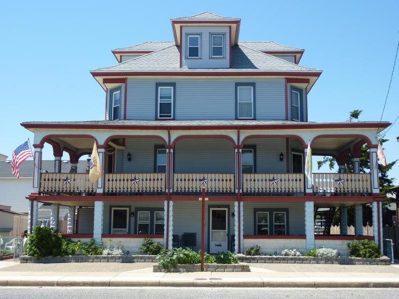 OCEANBREEZE FAMILY APARTMENT - Ocean Breeze Summer Family Aparts- Wildwd crest NJ - Wildwood Crest - rentals