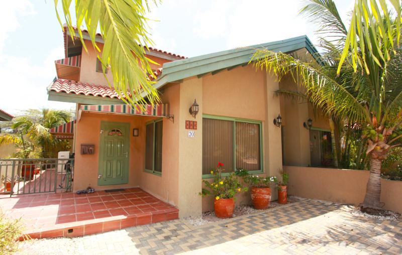 Palma Real Villa - Image 1 - Aruba - rentals