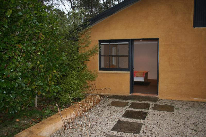 The cottage has a large outdoor area. - The Kitchen Cottage Leura, Blue Mountains Accommodation - Blue Mountains - rentals