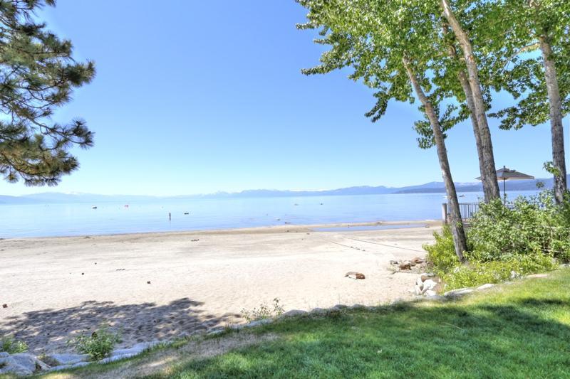 Sweetbriar Beach - Beautiful Sweetbriar Lake Front Condo - Kings Beach - rentals