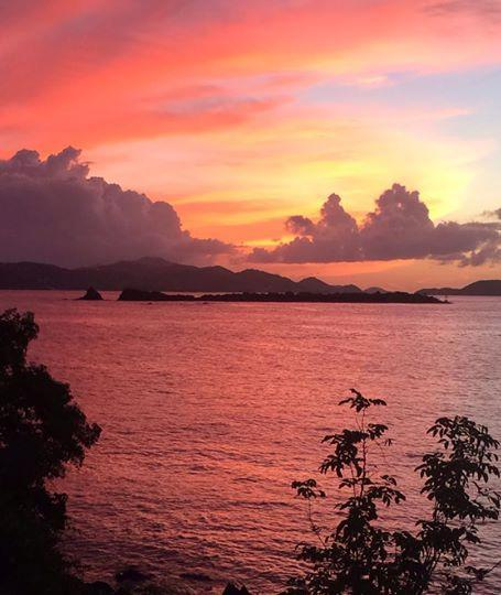 Wonderful unobstructed sunset views from beach front Seaside Vista villa...take a dip in the ocean - Seaside Vista: Beach front 1or 2 bdrm, walk 2 Town - Cruz Bay - rentals