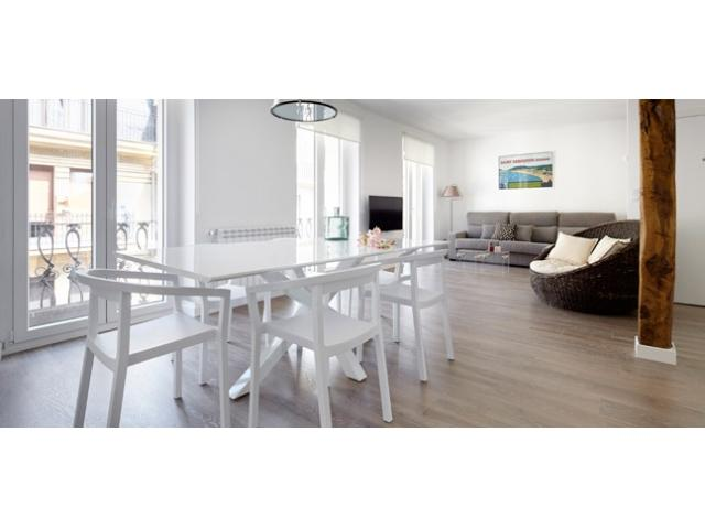 BaiHouse   Designer apartment by La Concha Beach - Image 1 - San Sebastian - rentals