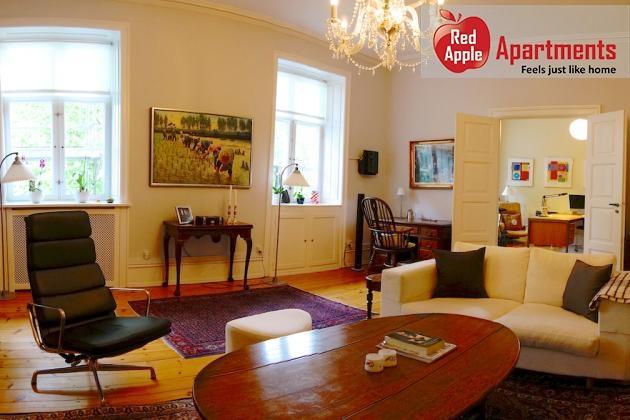 195 m2 Luxurious 1st floor City Center Apartment - Image 1 - Copenhagen - rentals