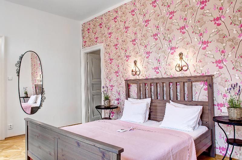 Royal Mansions - Exclusive Two Bedroom Romantic Apartment - Royal Mansion - Exclusive 2BR Romantic Apartment - Prague - rentals
