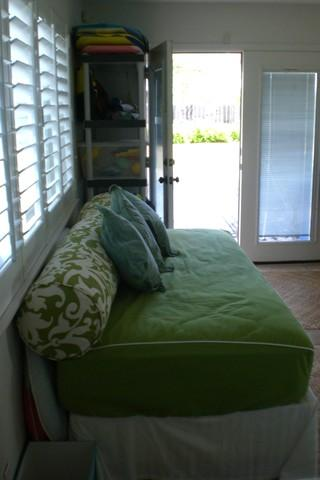 second Bedroom also has it's own Entrance off of the Deck - Custom Home - Laie - rentals